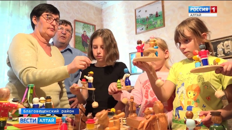 Алтайский умелец создаёт удивительные подвижные игрушки из дерева (Barnaul22)