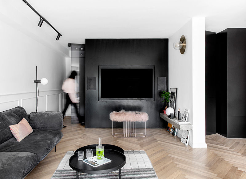 Стильная минималистичная квартира в Израиле для молодой семьи и собаки || 01