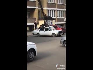 Эвакуация брошенного авто