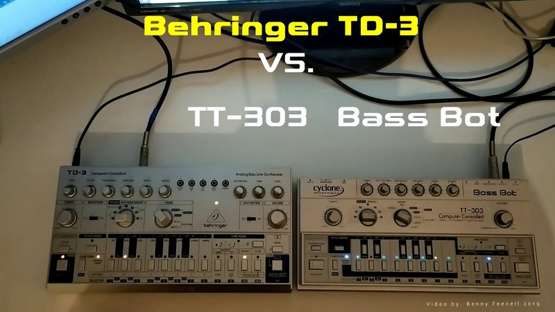 BEHRINGER TD 3 vs TT 303 BASS BOT COMPARSION NO TALKING