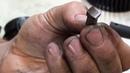 Как заменить щетки на моторе отопителя Фольксваген Гольф