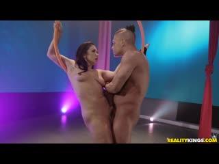 Lea Lexis - Fucktastic Gymnastics