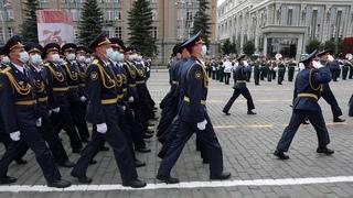 Сотрудники ГУФСИН прошли парадным расчетом  на утренней тренировке Парада Победы в г.Екатеринбурге