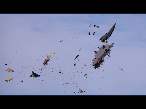 GIGANTIC RC CRASH SAAB GRIPEN XXXL 1 2 SCALE MODEL TURBINE JET FATAL END TOTAL DESTROYED