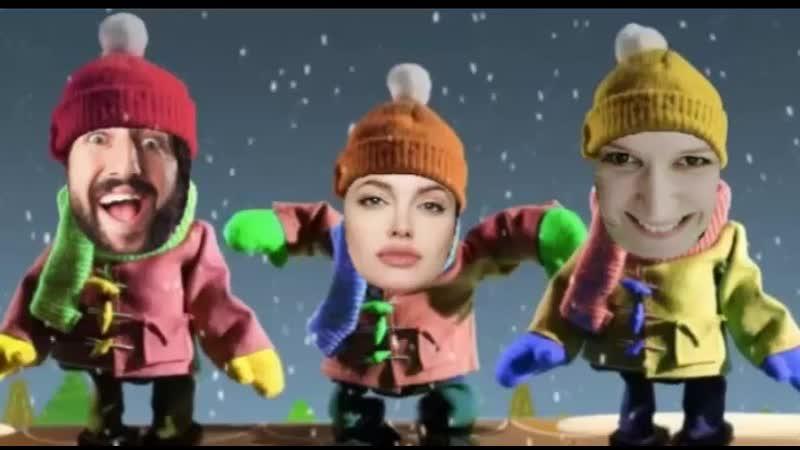 Как развлекаются помощники Санта Клауса Веселое поздравительное видео к Новому году с вашими фото