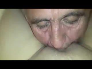 мой папа самый лучший,отец делает куни дочке,инцест папа лижет пизду,трахает  секс