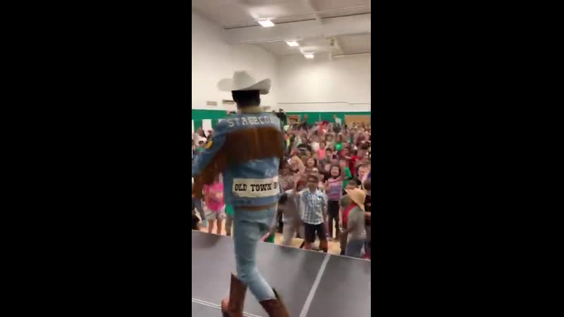 Lil Nas X surprising the kids of Lander Elementary