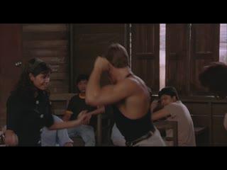 Kickboxer (1989) jean-claude van damme dance