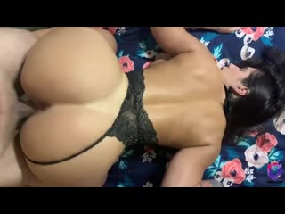 Трахает спортивную брюнетку раком, pov doggy home sex sport milf fit girl porn ass butt tit boob bang hard pussy (hot&horny)