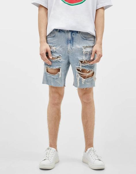 Джинсовые шорты облегающего кроя с разрывами