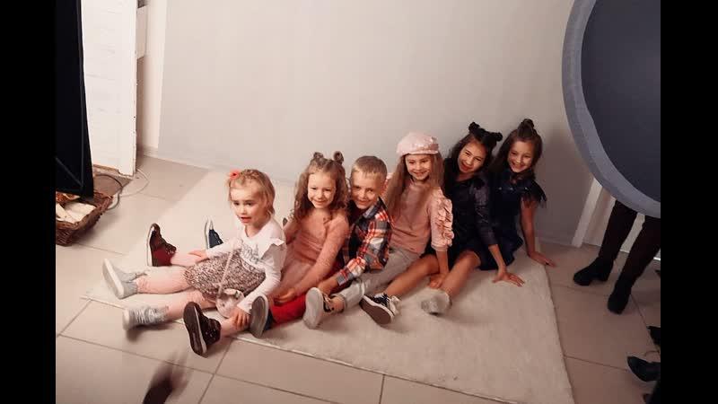Klever Kids - первый урок фотопозирования (1 часть)