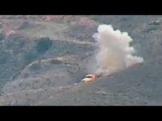 Минобороны Армении публикует кадры уничтожение грузовиков с личным составом ВС Азербайджана