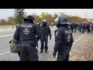 Dirk - Berlin,  - Echte Kopfschuss-Kandidaten, #BE 32201, #BE 32221, #BE 32230 ff.