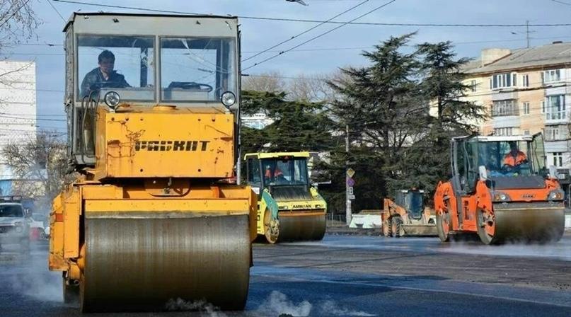 Крым получит еще 3,5 млрд рублей на дороги, если быстро освоит выделенные 16,5 млрд