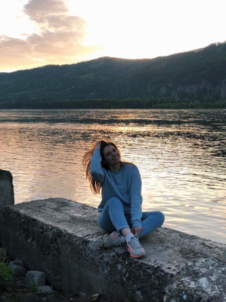 Полина Клеймёнова (pkleymenova98)