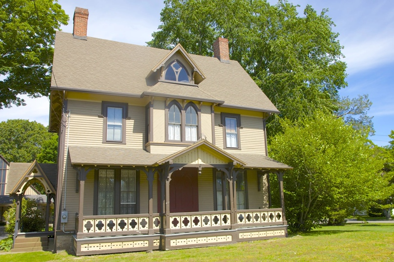 Готический приходский дом c. 1873 год в Олд Сэйбрук, Коннектикут.