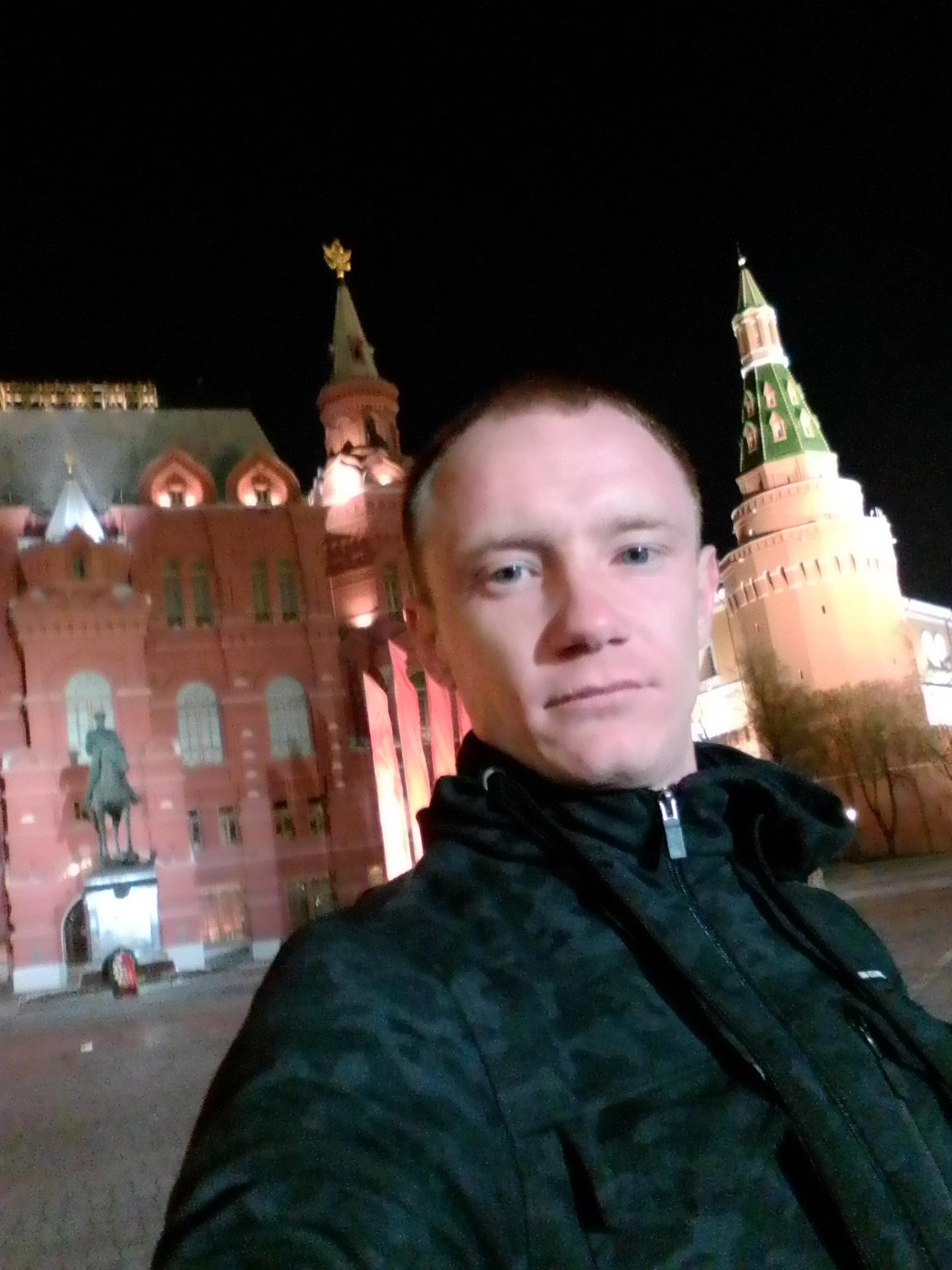 Александр, 25, Alchevs'k