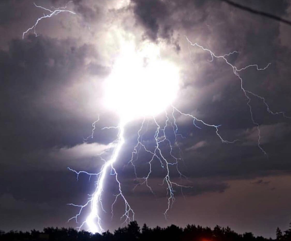 Фото и видео апокалипсиса в Брянске переполнили соцсети