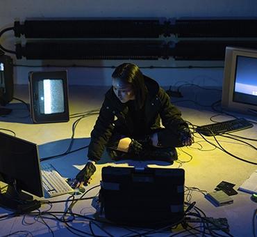 Мошенник ищет помощников, готовых зашифровать свой сервер за долю выкупа