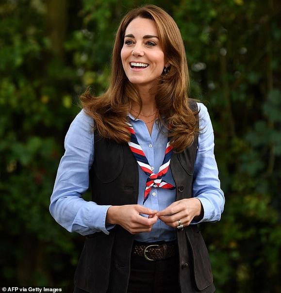 Как Кейт Миддлтон справляет день рождения. 9 января герцогине Кембриджской исполнилось 39 лет Сегодня Кейт Миддлтон исполняется 39 лет, и она, как и многие именинники на чью долю выпал локдаун