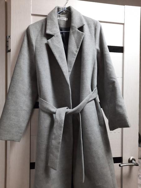 Продам пальто 50 р-р - 2000₽ с.т.89527326712...