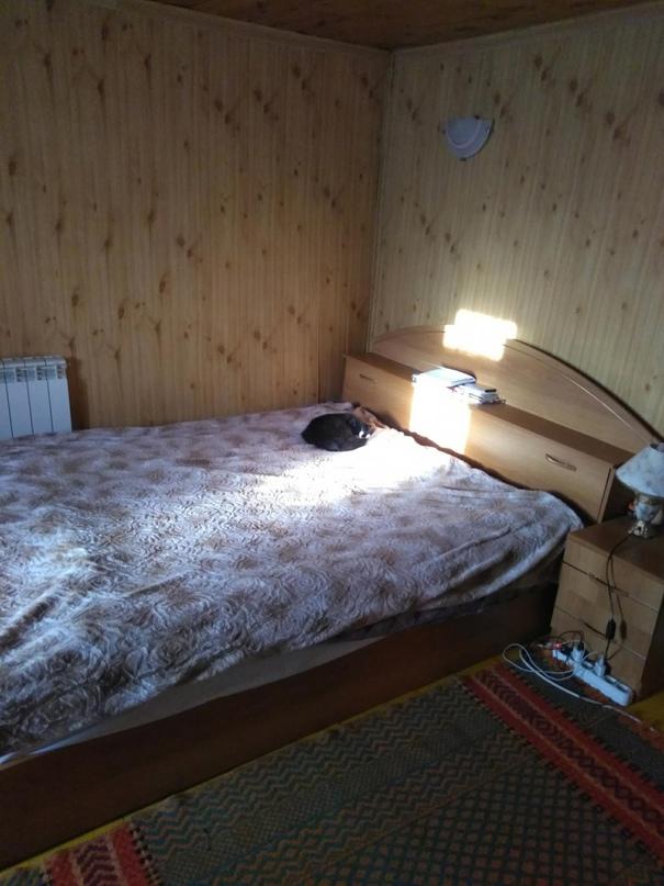 Продаётся кровать 160*200 с двумя | Объявления Орска и Новотроицка №18367