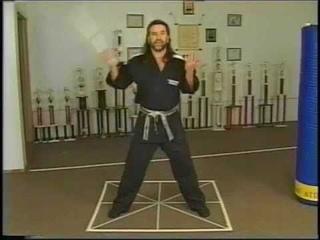 Lee Barden Teaching 1 2 C STEP AND TURN FREESTYLE NUNCHAKU DRILL 3