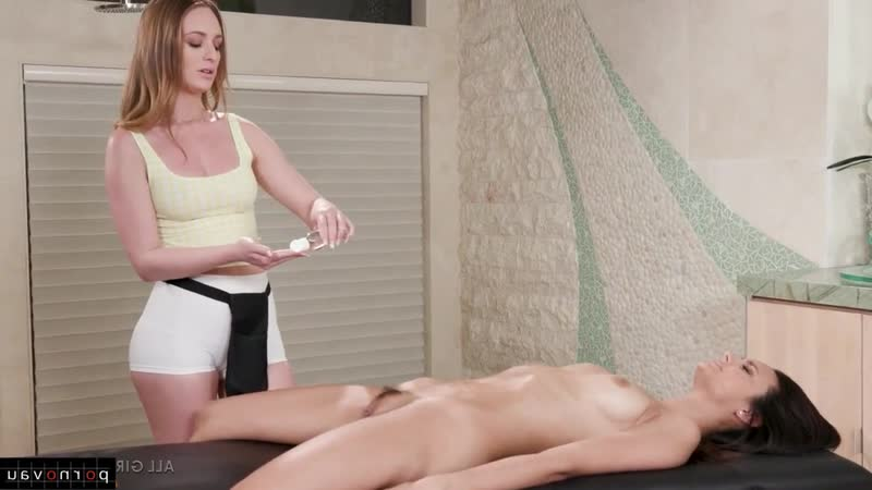 Eliza Ibarra Daisy Stone aka Catia Blum Lesbians Massage, Pose 69, In oil, Finger,
