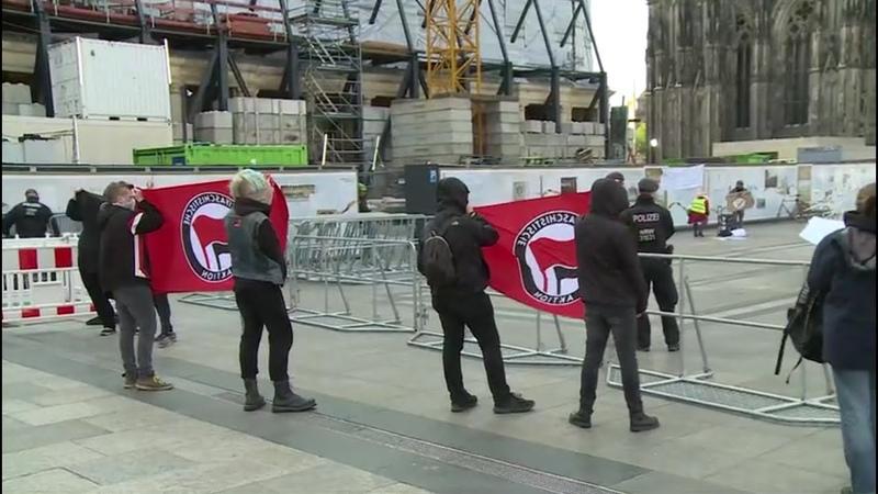 Merkel Menschen sollten sich an 'Grundregeln' halten Proteste in Köln
