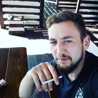 Паша Олійник