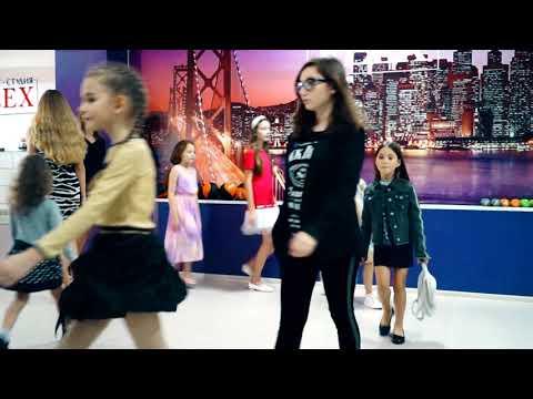 Урок дефиле Модельное агентство Celebrity Model Group Новороссийск Геленджик Школа моделей