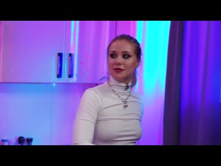 АНДРЕЙ ПЕТРОВ ГОТОВИТ БОРЩ _ DRUNK KITCHEN #2