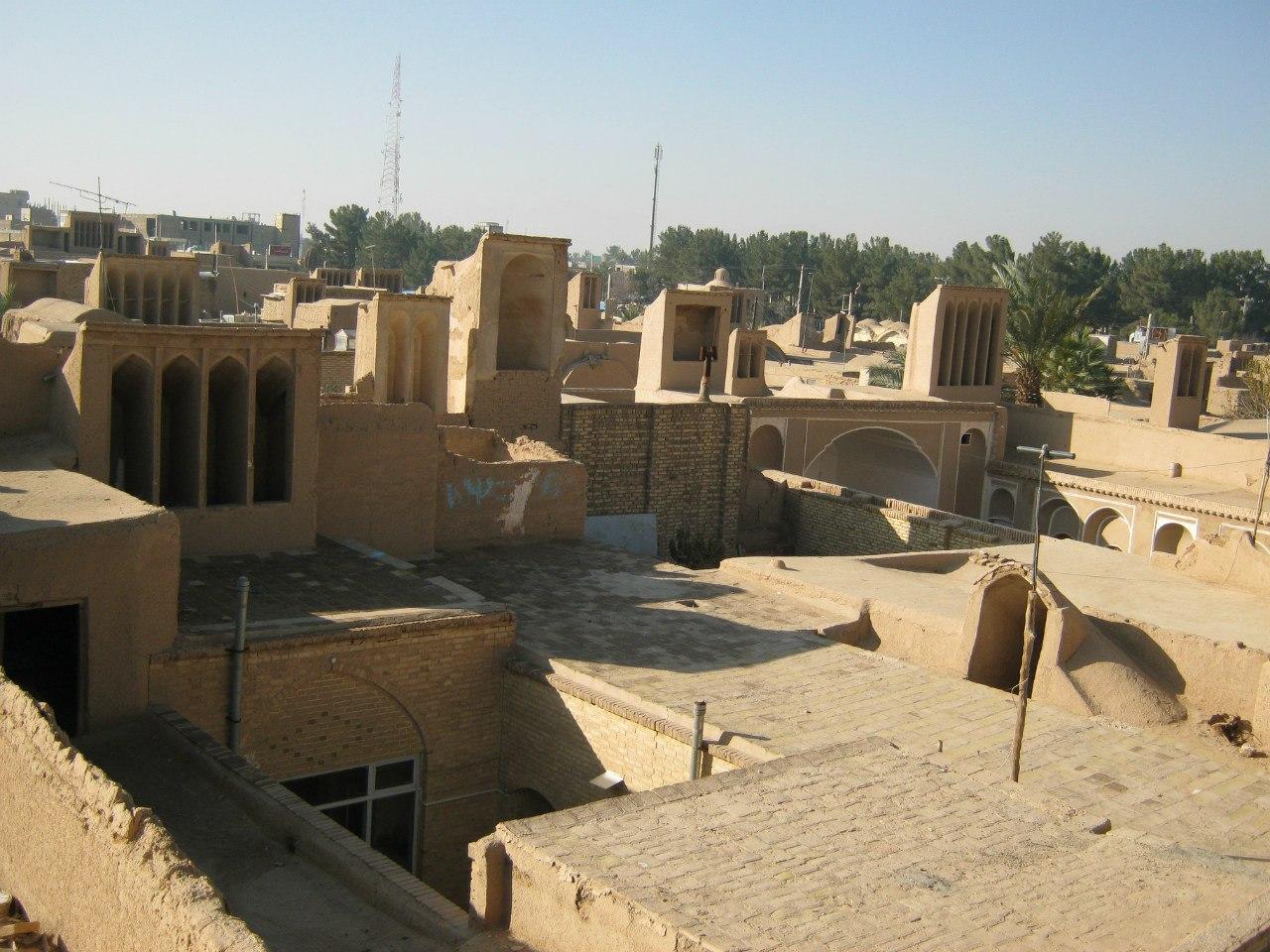 Ветроуловители (бадгиры) в Ардакане