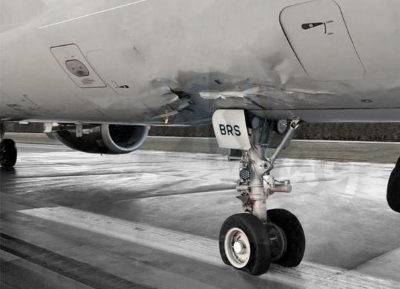 Airbus a321 NordWind повреждение передней стойки шасси при жесткой посадке hard land в Антальи