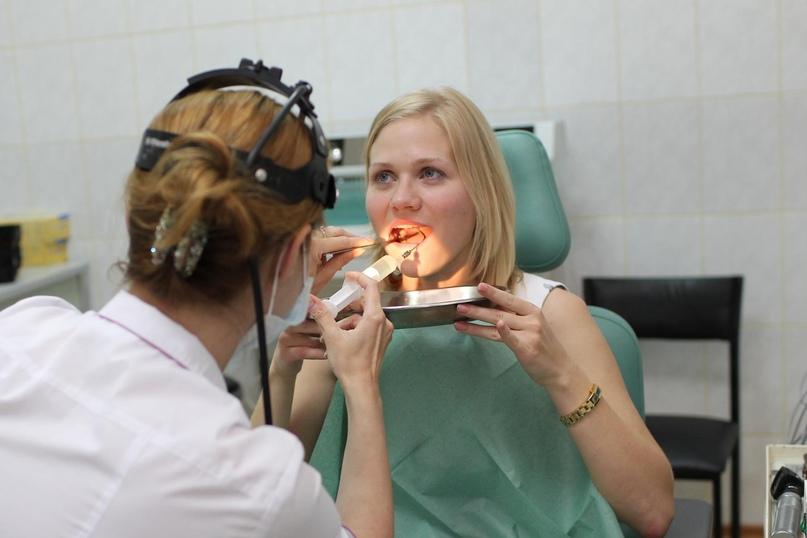 процедура промывания миндалин