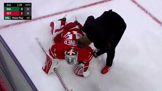 Denis Gurianov injures Goalie Jonathan Bernier