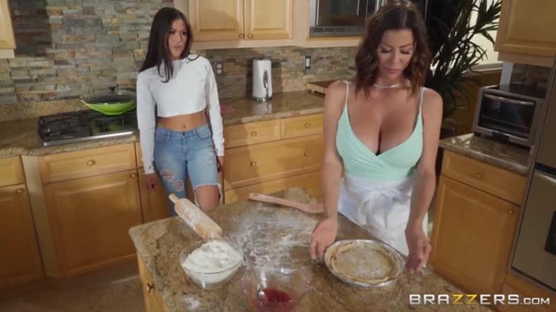 сексуальное видео секс эротика трейлер с русским переводом семейный ужин часть 1