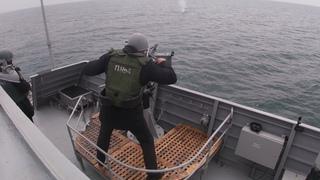 Боевые стрельбы ракетных кораблей в море армии России - морской бой с кораблями  условного противник