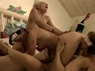 Grannies Slumber Party - sc2